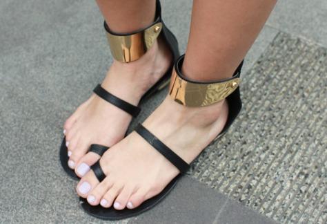 black-flats-girly-sandals-Favim.com-812906